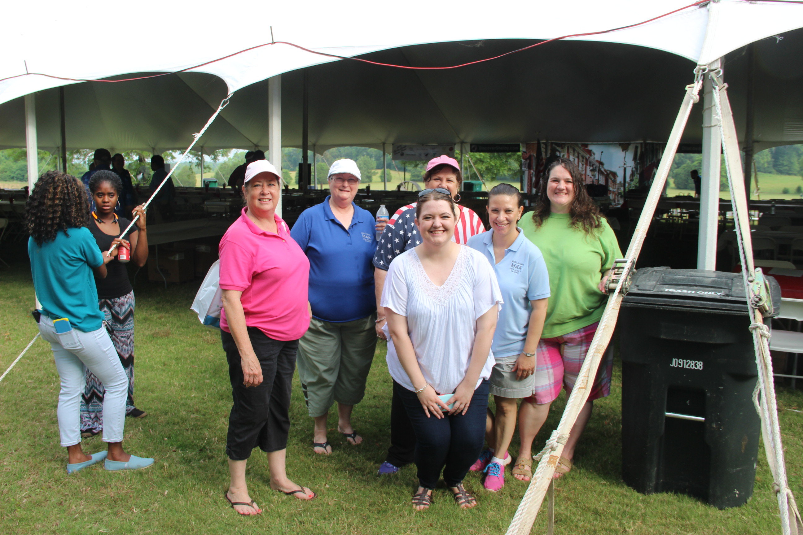 Image of the M4A crew at the 2016 Senior Picnic