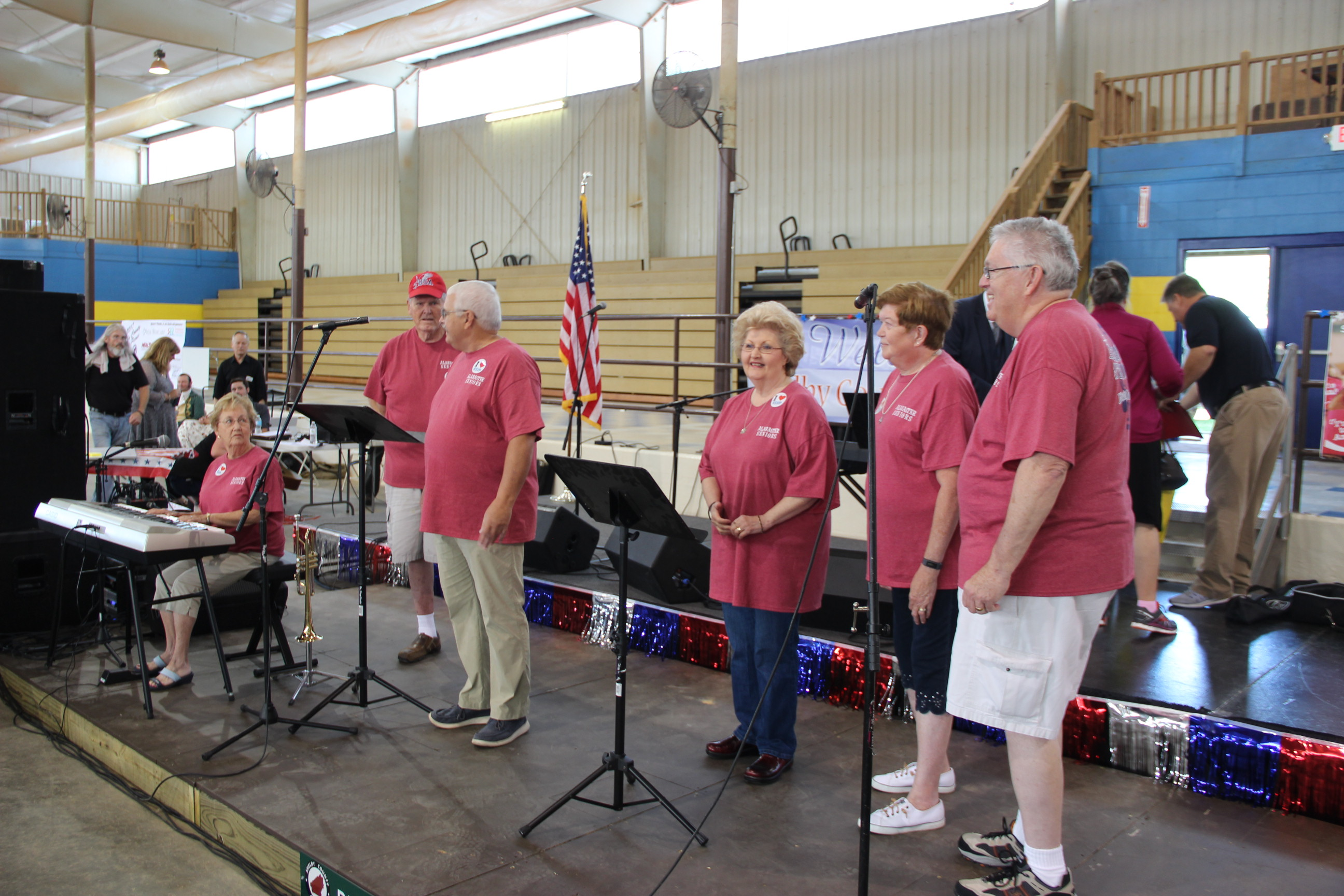 Image of Alabaster Seniors about to sing on stage at the 2017 Senior Picnic
