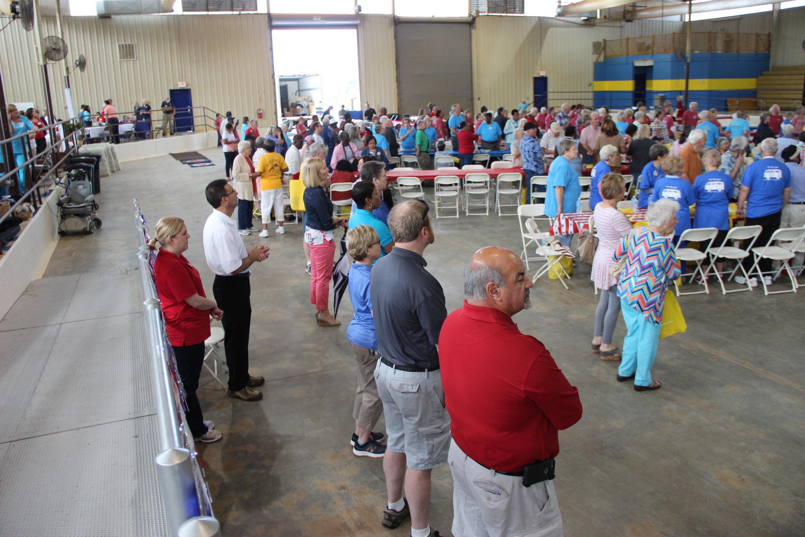 Image inside the Exhibition Center during the 2017 Senior Picnic