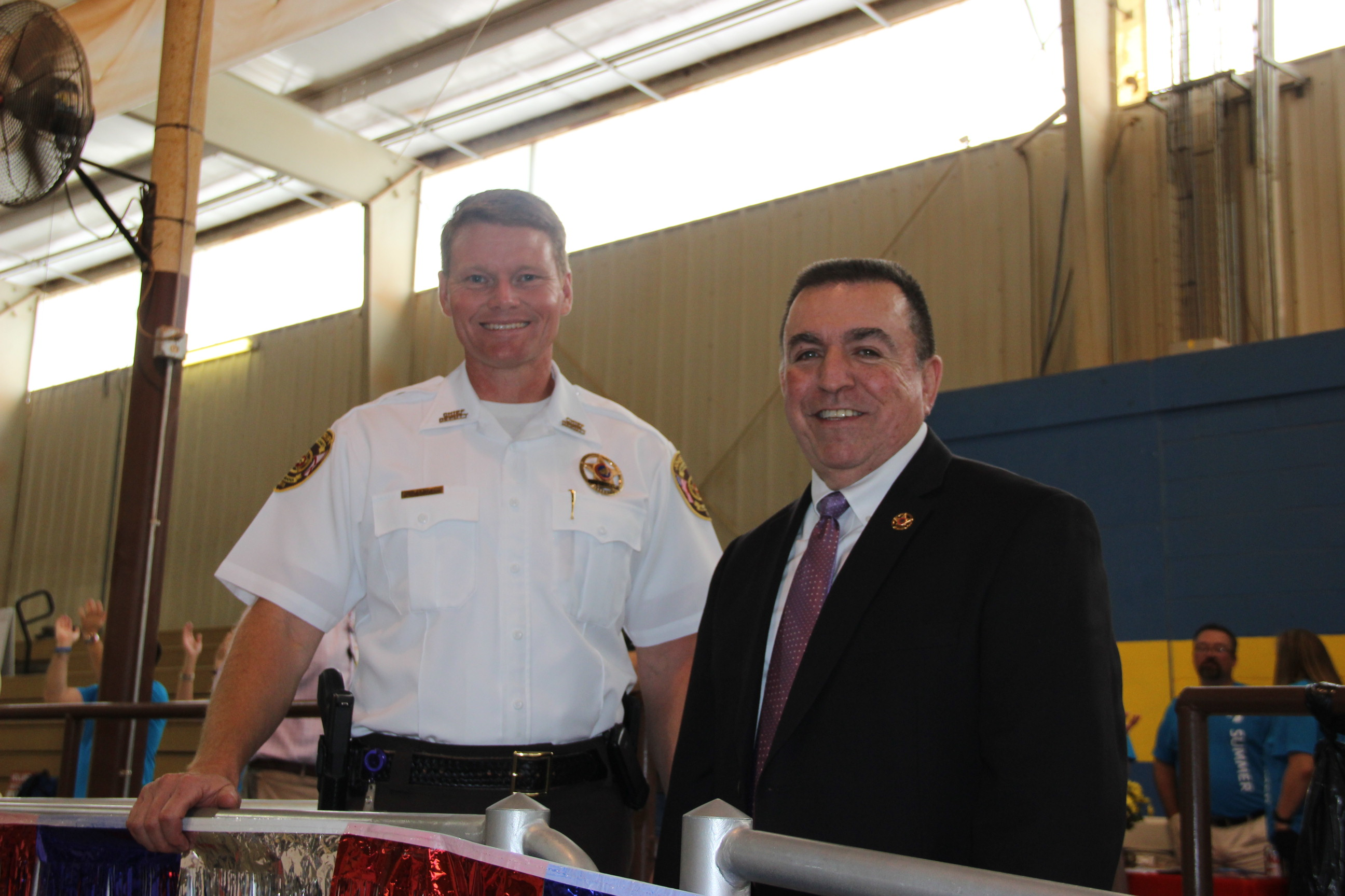 Image of Sheriff John Samaniego and Chief Deputy Chris George at the 2017 Senior Picnic