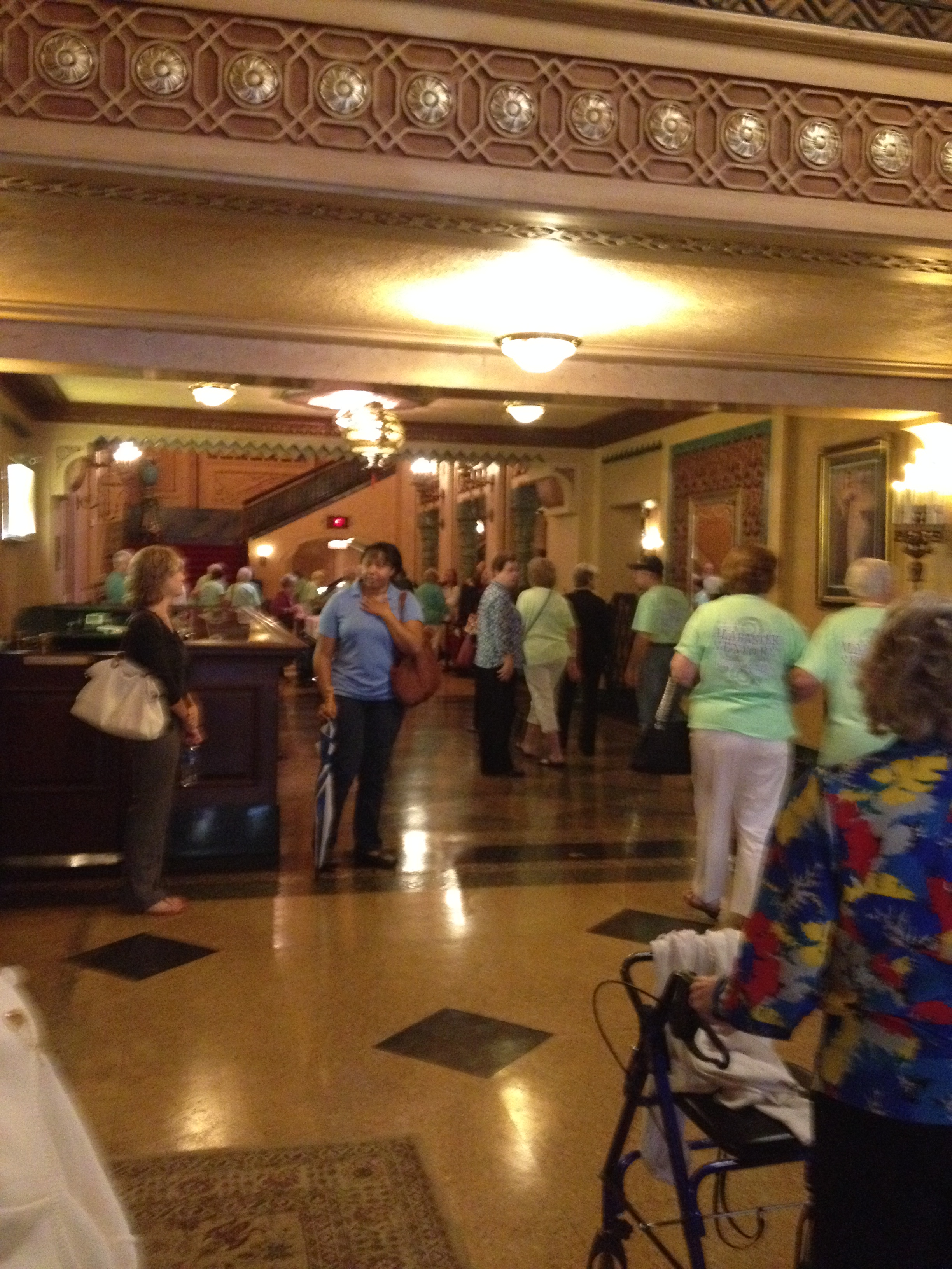 Image of the Alabama Theatre lobby